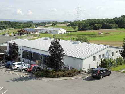 Gebäude für Produktion, Werkstätten, Lager mit Büros