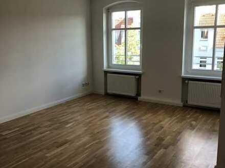 Schöne Dachgeschoßwohnung im Komponistenviertel zu vermieten!!!