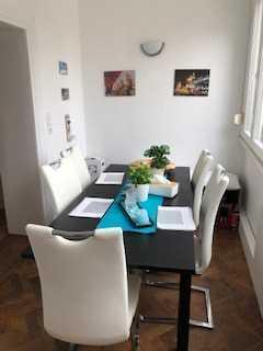 Helle 2,5-Zimmer-Wohnung mit Einbauküche in Heidelberg