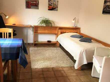 ab 1 Monat: möbl. 1-Zimmerwhg. mit TV, Garten, Stellplatz, Küche, Dusche/WC