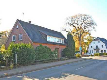 cuxmakler.de - großes Haus mit großen Grundstück