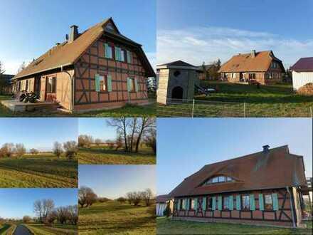 Fachwerkhaus mit 2 Einliegerwohnungen