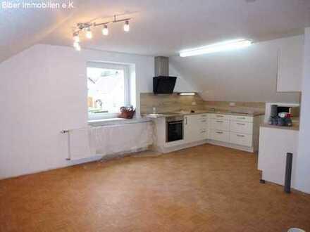 Kleinere - Sanierte 2- Zimmer Dachgeschoss Wohnung im LK Biberach