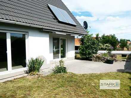 Gepflegtes Wohnen wie im eigenen Haus - mit viel Flair und schönem Garten!
