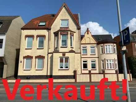 Zwei sanierte Mehrfamilienhäuser mit 10 Wohneinheiten in zentrumsnaher Lage von Husum