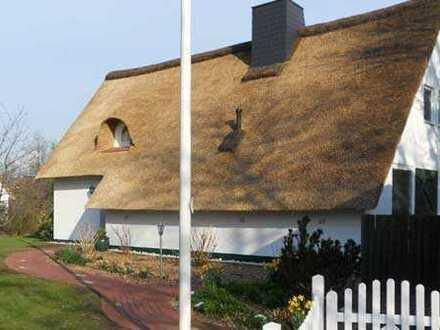 Freistehendes Reetdachhaus in exklusiver Lage