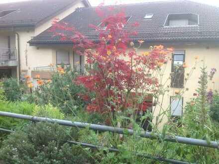 Voll möblierte 2-Zimmer Wohnung mit Balkon in Stuttgart Plieningen für Einzelperson