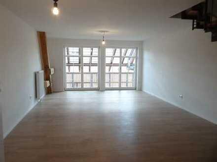 Neuwertige 3-Zimmer-Wohnung mit Balkon und Einbauküche in Salem