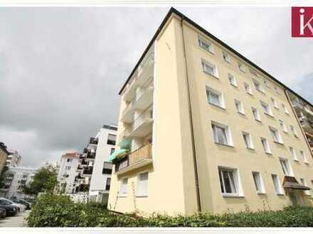 Wohnen in Schwabing! Schöne renovierte 2,5 Zi.-Whg. im Herzen von München (U3)