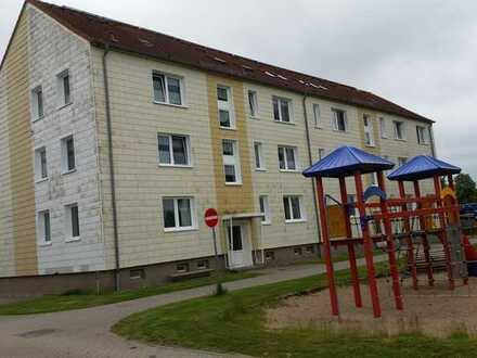 2 Raum-Erdgeschosswohnung in Dersewitz bei Anklam Nähe Usedom