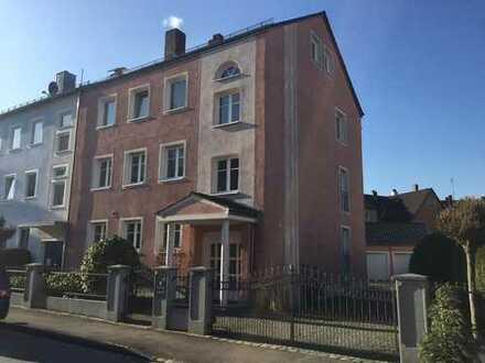 Tolle 3 ZKB Wohnung mit großer West-Loggia - komplett renoviert