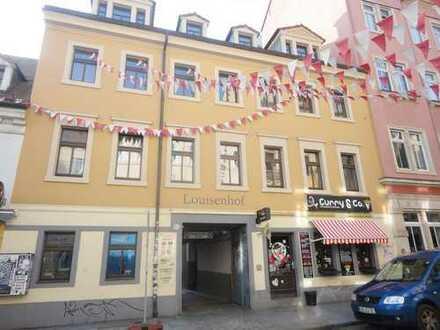 *Stellplatz im Hofbereich eines Wohn/Gewerbeobjektes der Neustadt*