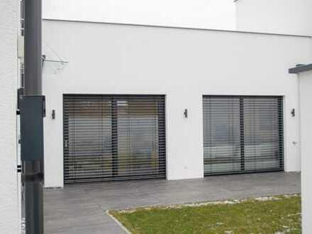 Schönes, geräumiges Haus mit vier Zimmern in Ravensburg (Kreis), Weingarten