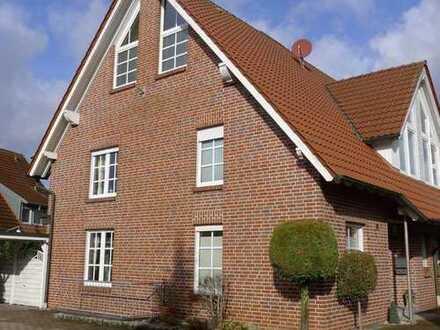 Attraktive Doppelhaushälfte mit Garten und Carport in ruhigem Wohngebiet in Heiden