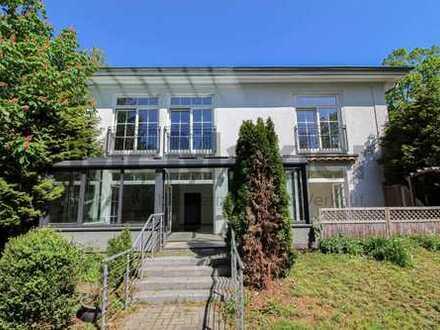 Zu vermieten! Hochwertige Villa im Berliner Ortsteil Lankwitz am Berliner Stadtrand