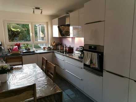 Modernisierte 3-Zimmer-Wohnung mit Balkon und EBK in Aichwald