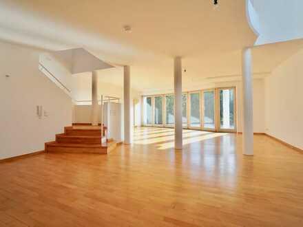 Große Wohnung über 3 Etagen mit Süd-Terrasse und Tiefgarage