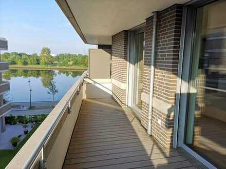 Neubau: 3-Zimmer-Wohnung mit zwei Balkonen und Weserblick in Überseestadt