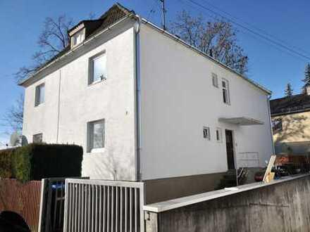 5-Familienhaus mit guter Bausubstanz, solider Mieteinnahme in beliebter Lage von Friedberg!