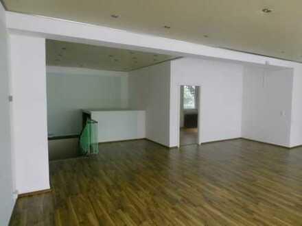 100 m²+60 m² NF bis 4 Zimmer barrierefreies Wohnen ggf auch als Büro, Praxis, Vekauf, Atelier etc.