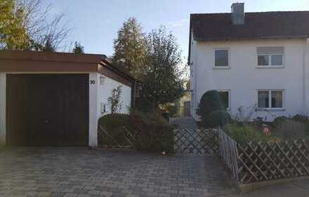 Doppelhaushälfte mit schönem Garten in bevorzugter Lage in Senden