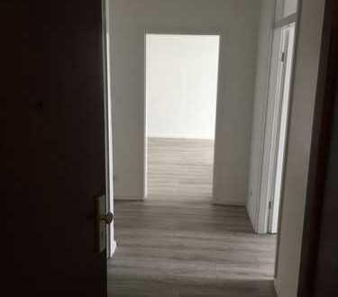 Sanierte 3 Zimmer-Wohnung mit Balkon in Porz, Köln
