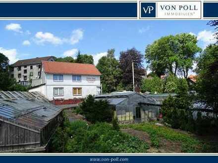 Wohnhaus mit Gärtnerei und großem 3590 m² Grundstück
