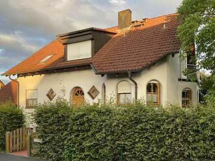 Gepflegtes 6-Zimmer-Einfamilienhaus mit EBK in Eggolsheim bei Forchheim