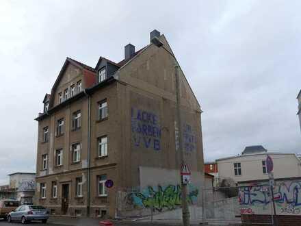teilsaniertes Mehrfamilienhaus in Leutzsch!!!