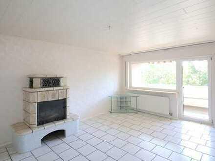 Gepflegte 4,5-Zimmer-Wohnung mit Balkon, Garage, Stellplatz und Hobby-Saunaraum