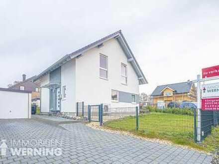 Bj. 2015! Schönes KfW-55-Einfamilienhaus mit Garten in Bad Honnef