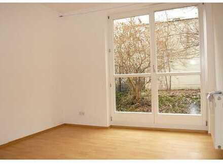 1.100 €, 30 m², 2 Zimmer