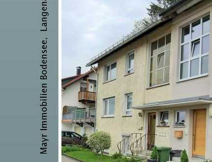 Zentral gelegenes 2-Familienhaus mit Einliegerwohnung und Ausbaupotenzial