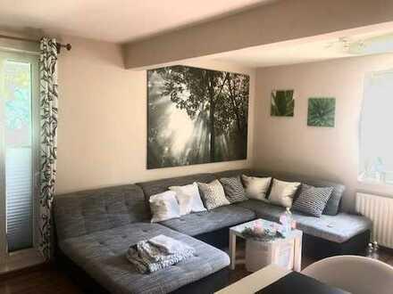 Gröpelingen! Schöne 2 Zimmer-Eigentumswohnung mit Balkon in ruhiger Wohnlage!