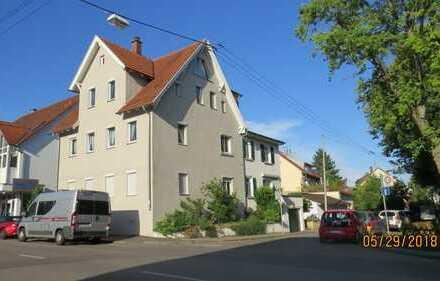 Schöne, geräumige ein Zimmer Wohnung in Stuttgart / Degerloch