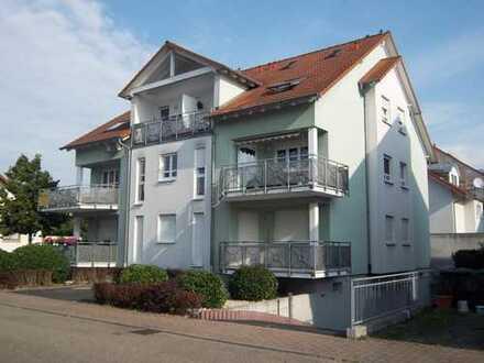 Helle 4-Zi-DG Wohnung (80 qm+30 qm Dachspitz) im 2. OG in Linkenheim-Hochstetten