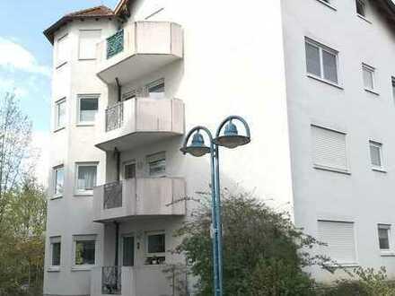 Moderne helle 2-Zimmer Whg. mit Balkon u. Tageslichtbad