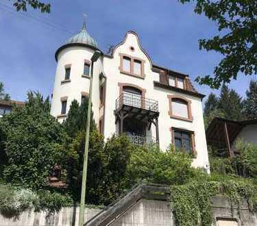 Ihr eigenes 'Schlößle' mit 235 m2 Garten-Idyll, Aussichtslage über das Tal, WiGa, Kachelofen