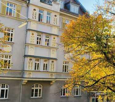 ALSAOL Immobilien: Edle möblierte 5 Zimmer - Jugendstil-Wohnung in bester Lage in Nymphenburg!