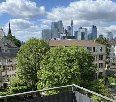 Frankfurt Nordend: sanierte 1,5-Zimmer-Dachgeschosswohnung