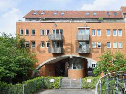 Vermietet, zentral, gepflegt: Stilvolle 3-Zi.-Maisonette mit Dachterrasse nahe Schützenpark