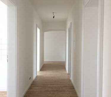 Helle 5-Zimmer-Wohnung mit Südbalkon in Pfaffenhausen