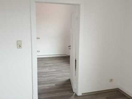 Renovierte Oberwohnung in Zweifamilienhaus