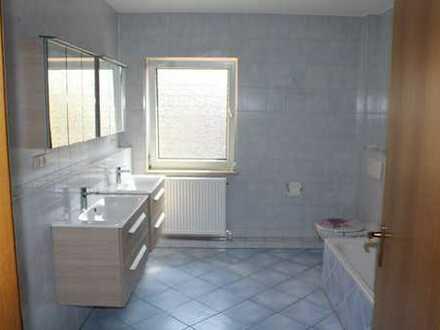 Großzügige 4-Zimmer-Wohnung mit Balkon nahe Hofgarten