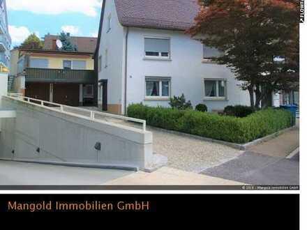 Doppelhaushälfte mit Einliegerwohnung zentral in Laupheim