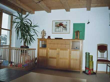 Split-Level-Architektenhaus mit vier Zimmern ohne Garten in Eichstätt (Kreis), Eichstätt