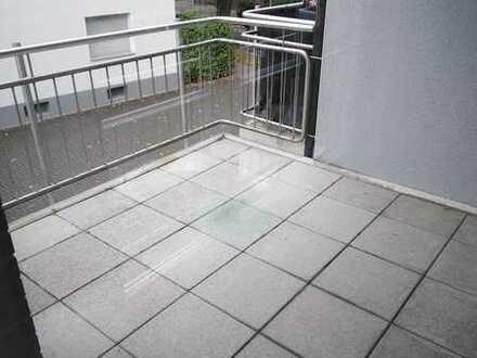 großzügig geschnittene 4 Zimmer Wohnung mit Balkon in Kamp-Lintfort