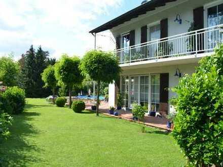 Gepflegtes Einfamilienhaus in Augsburg / Göggingen im Gewebegebiet