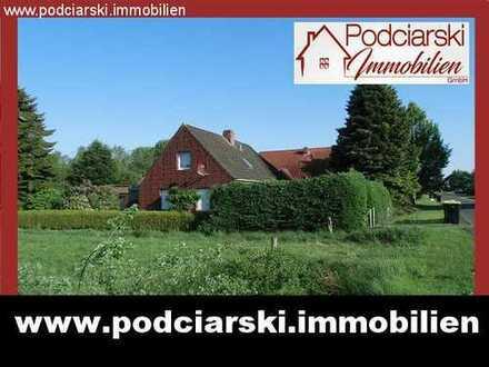 Idyllische ländliche Lage! Renovierungsbedürftiges EFH mit Sommergarten, Garage und Nebengebäuden!