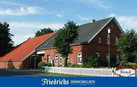 """""""Ostfriesischer Fehnhof"""" - Traditionsreiche Immobilie mit vielen Nutzungsmöglichkeiten in Uplengen"""